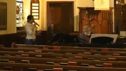 Jenny James sing The Prayer
